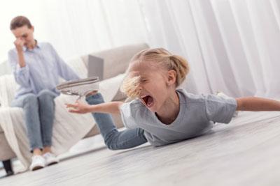 истерики у ребенка 4 года что делать