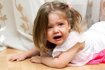 что делать если ребенок устраивает истерики