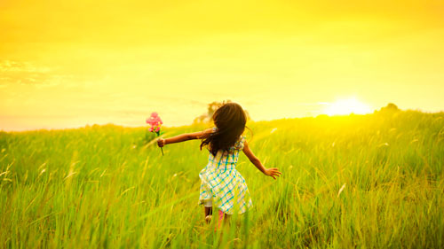 Загадки про летние месяцы для детей