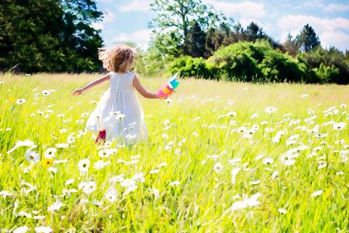 Загадки про летнюю ягоду для детей