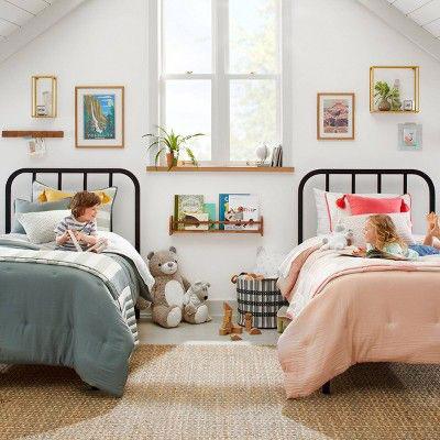 маленькая комната для мальчика и девочки