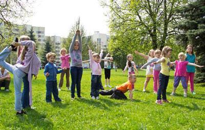 Летние игры для детей на свежем воздухе в лагере