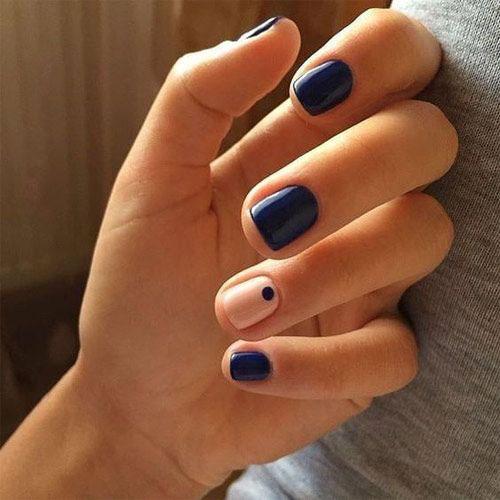 маникюр в стиле минимализм на короткие ногти светлый 8