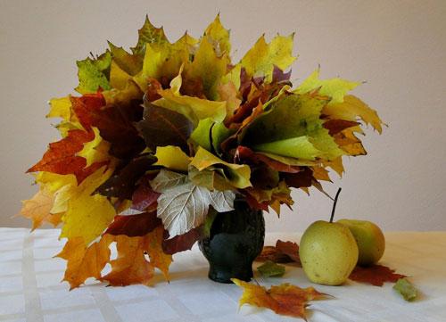 поделки детям из осенних листьев 2