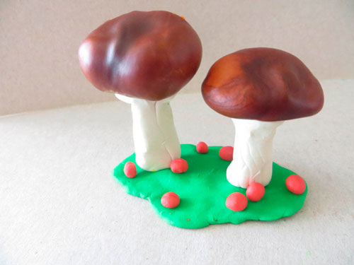 пластилиновые поделки грибы