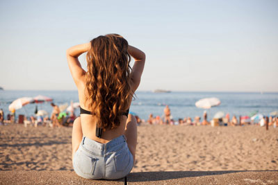 как восстановить сухие волосы после лета