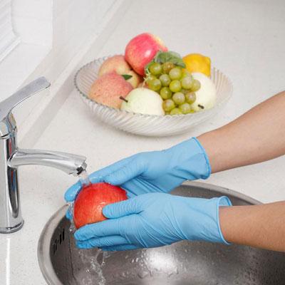 перчатки помогут сохранить маникюр надолго