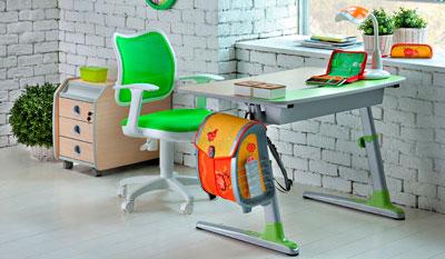 столы гарнитуры для детей к школе в 1 класс 3