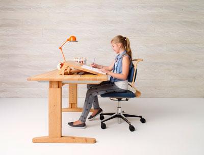 как правильно выбрать стол для детей 3