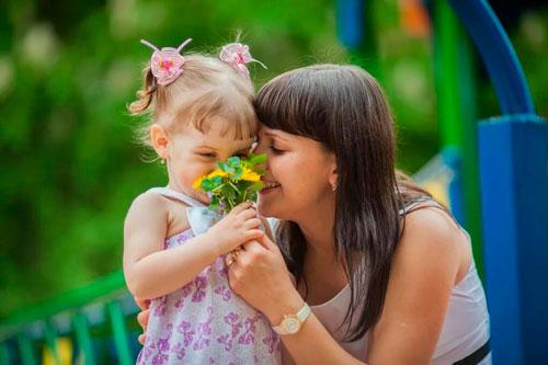 Стихи о маме для детей начальной школы
