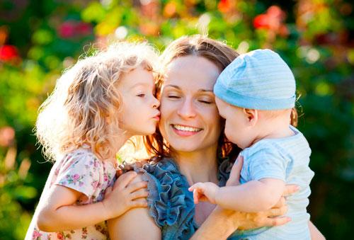 Короткие стихи про маму для детей 2 лет
