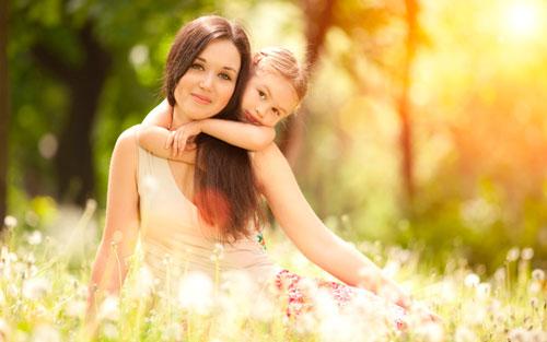 Красивые и короткие стихи про маму для детей 4-5 лет