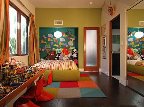 оформление стен в комнате ребенка в 8 лет