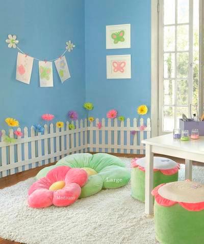 оформление стен в детской для девочки 10