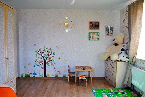 оформление стен в детской для девочки 5