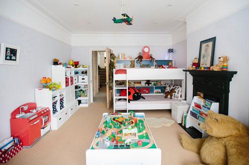 организация игрушек в детской комнате