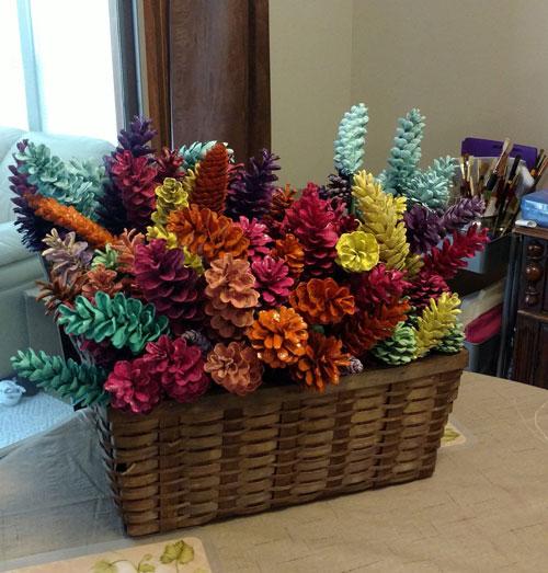 Осенние поделки из шишек цветы 4
