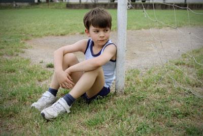 ребенок 7 лет не умеет проигрывать и плачет
