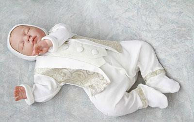 одежда для мальчика на выписку из роддома осенью