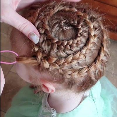 какие прически на длинные волосы сделать 1 сентября