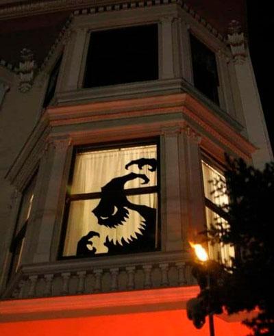 Хэллоуин украсить окна своими руками 4