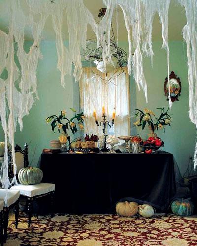 как украсить комнату на хэллоуин своими руками из бумаги 6