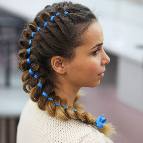 красивые прически с бантами на 1 сентября длинные волосы 2