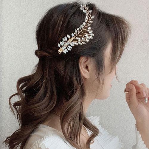 красивая прическа на 1 сентября длинные волосы