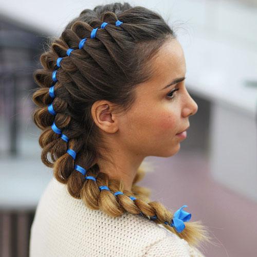 Прическа на 1 сентября 11 класс на средние волосы