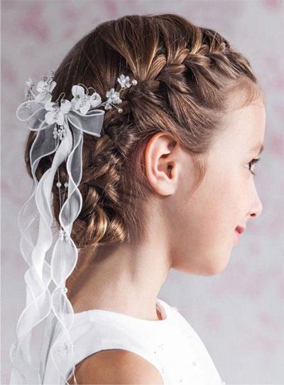 прическа на короткие волосы на 1 сентября 5 класс