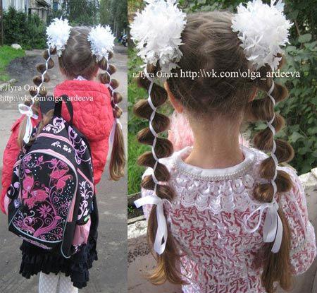 прически на длинные волосы в школу 3 класс