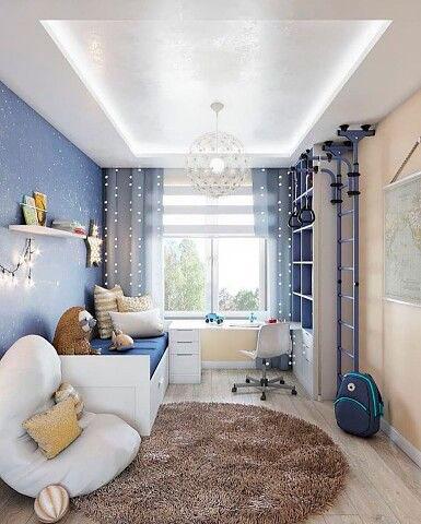 дизайн детской комнаты прямоугольной формы с окном 9