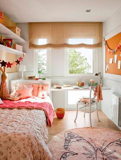 дизайн прямоугольной детской комнаты с окном 6
