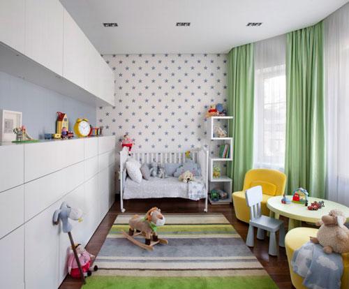 Дизайн прямоугольной комнаты для ребенка 4 года
