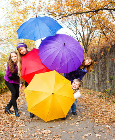 Фотосессия на природе осенью идеи с зонтиком