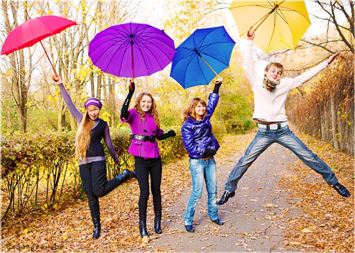 Фотосессия на природе осенью идеи с зонтиком 2