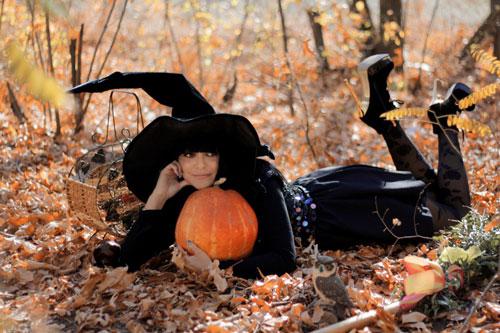 красивые позы для фотосессии на природе осенью 10