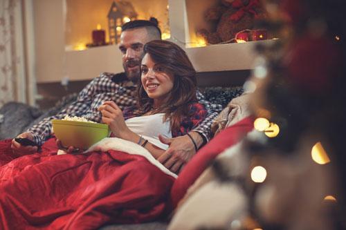 как можно устроить романтический вечер парню дома