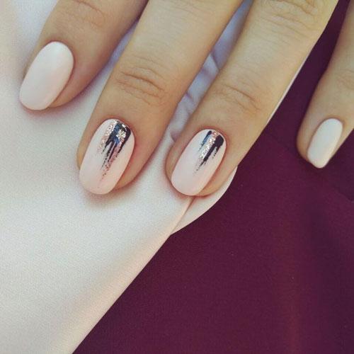 осенний маникюр на короткие миндалевидные ногти 2