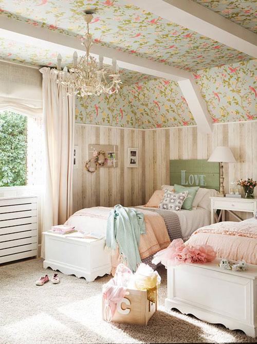 маленькая детская комната для двух девочек 2