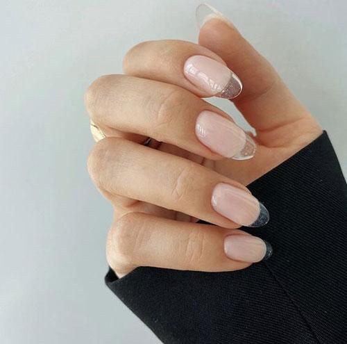 осенний дизайн ногтей миндальной формы 10