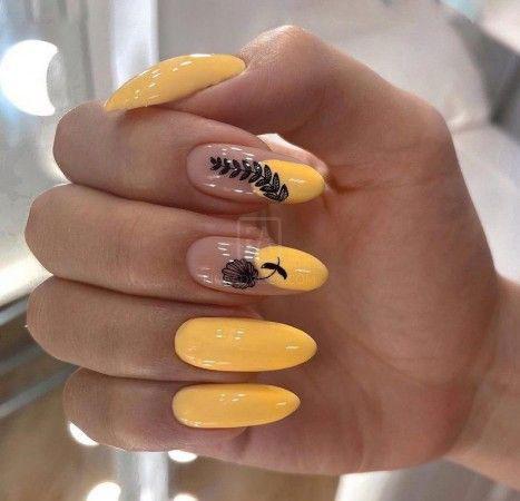 осенний дизайн ногтей миндальной формы 8