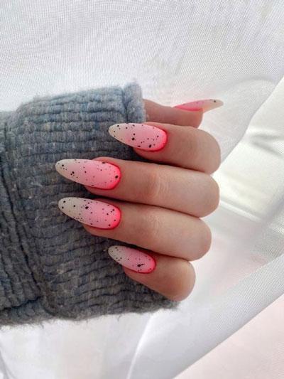 дизайн ногтей миндальной формы осень 2021 2
