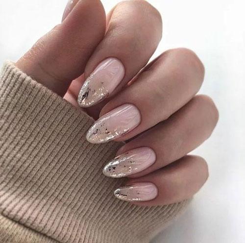 длинные ногти с осенним маникюром 5