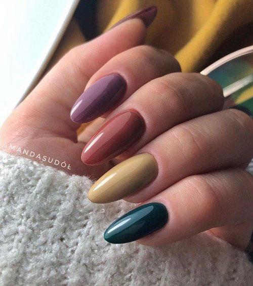 красивый осенний маникюр на длинные ногти с фото 8