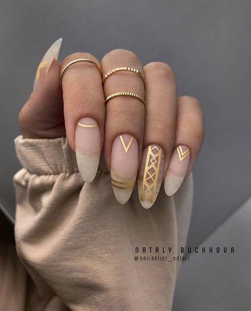 красивый осенний маникюр на длинные ногти с фото 1