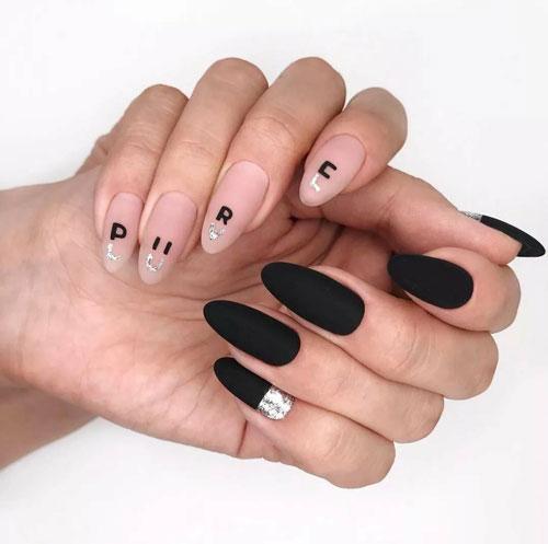 осенний маникюр на длинные острые ногти