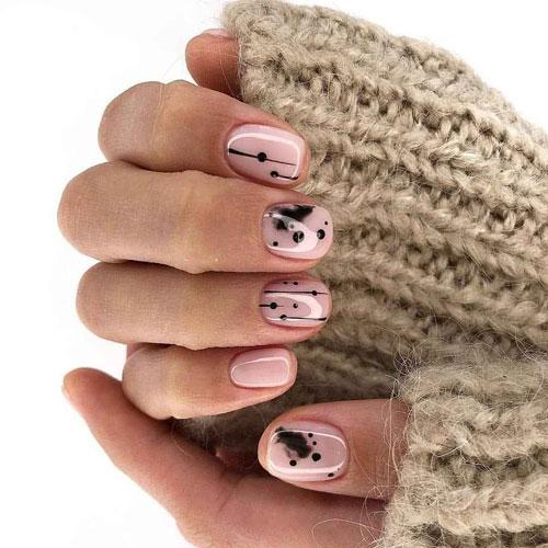 осенний маникюр на короткие овальные ногти