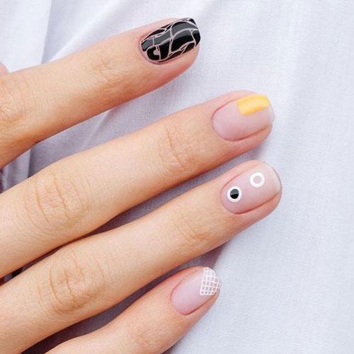 осенний маникюр на короткие ногти без рисунка