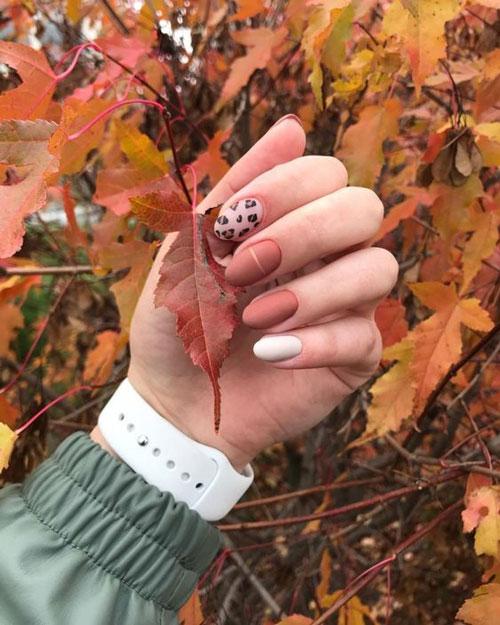 тенденции дизайна ногтей на осень фото1